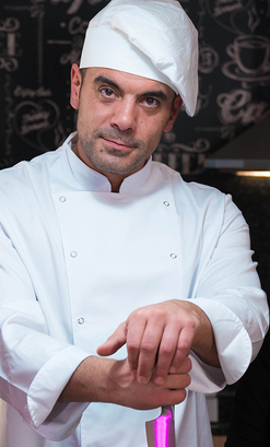 Antonio Ross