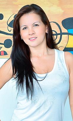 Isabella Hot