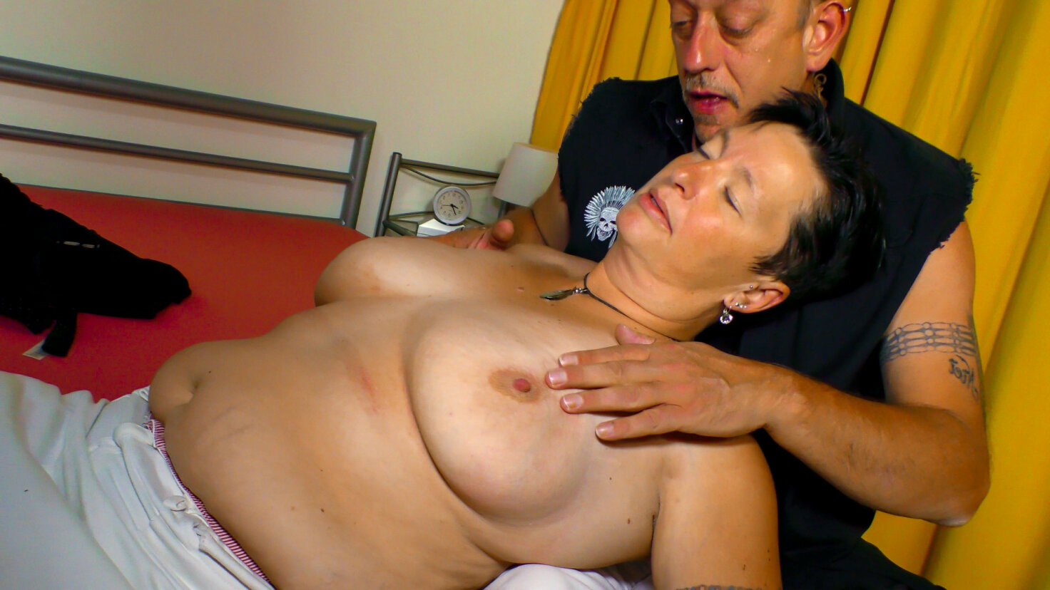 Karola is the brunette granny to fuck in doggy and suck a lot of cock