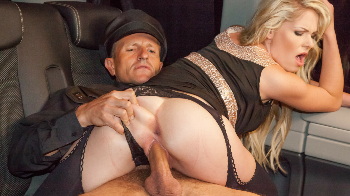 Beautiful Czech blonde in stockings gets drilled in the backseat of the car