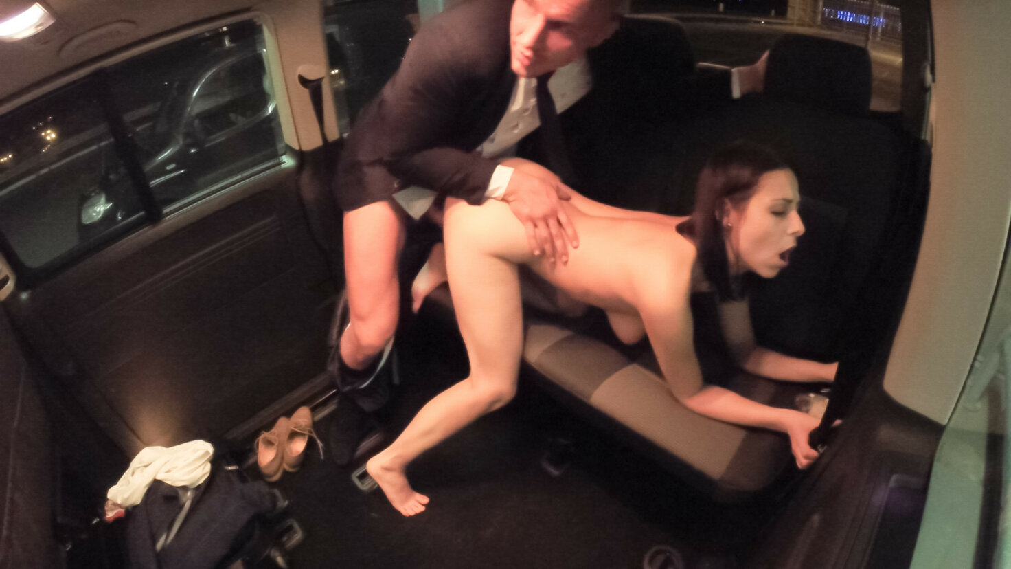 Public sex in the car with hot Czech babe leaves her cum covered and happy