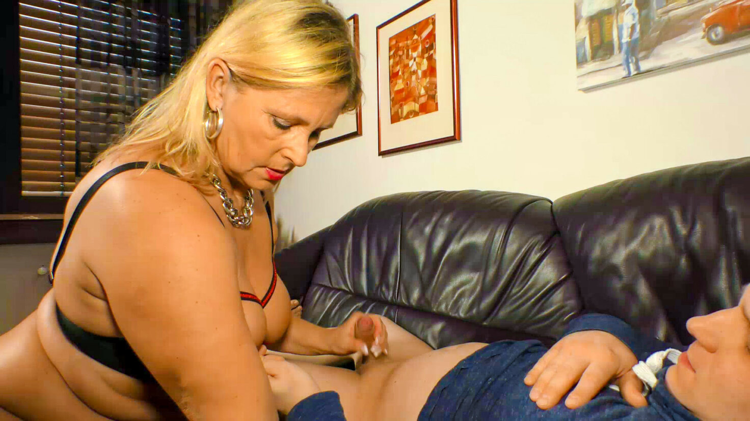 German blonde granny Kiki R. loves the taste of cum in hot hard fuck