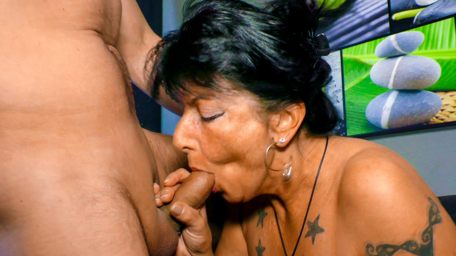 Hot hard pounding with mature brunette German granny