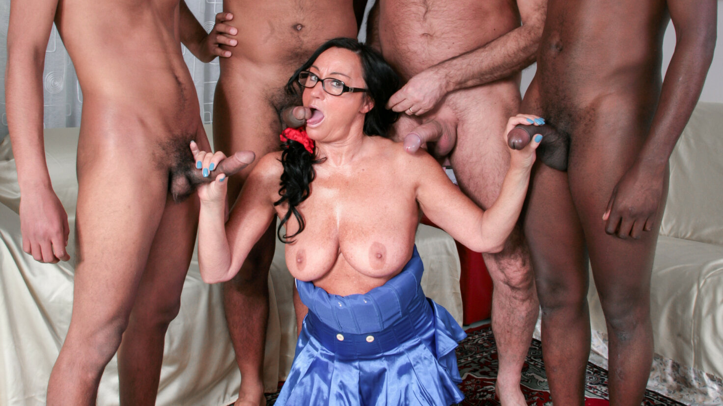 Slutty mature Italian gets gangbanged and cum covered by four guys