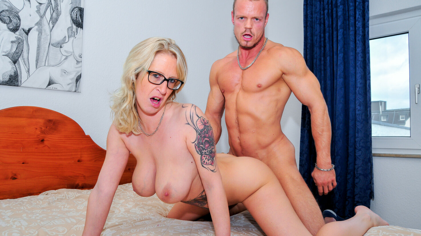 Amateur German porn features German blonde cougar fuck with cum on pussy