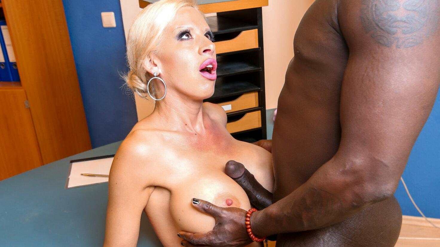Blonde Milf Big Tits Dildo