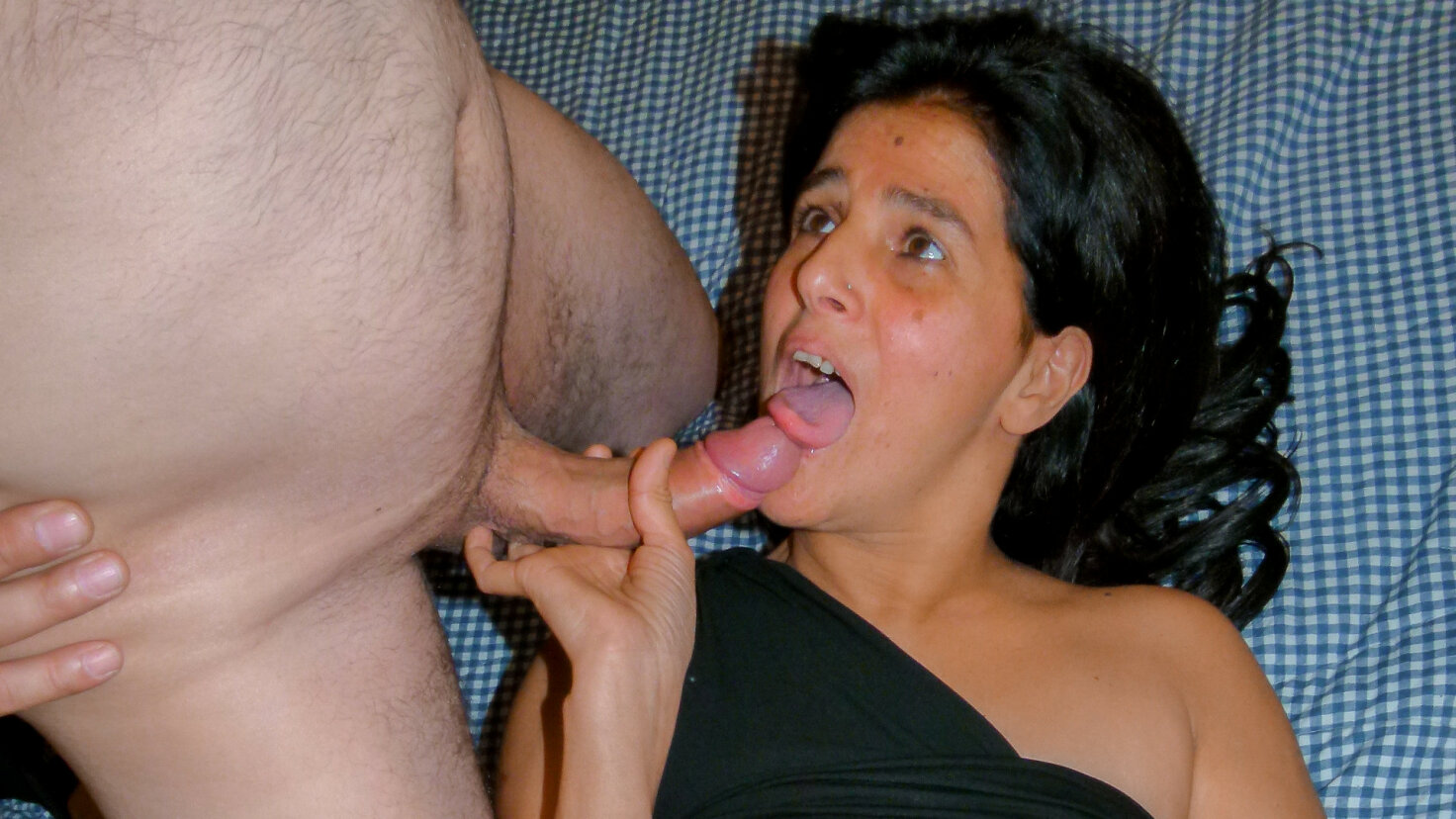 Cum in mouth splash & fuck with slutty Italian mature brunette in her 40s