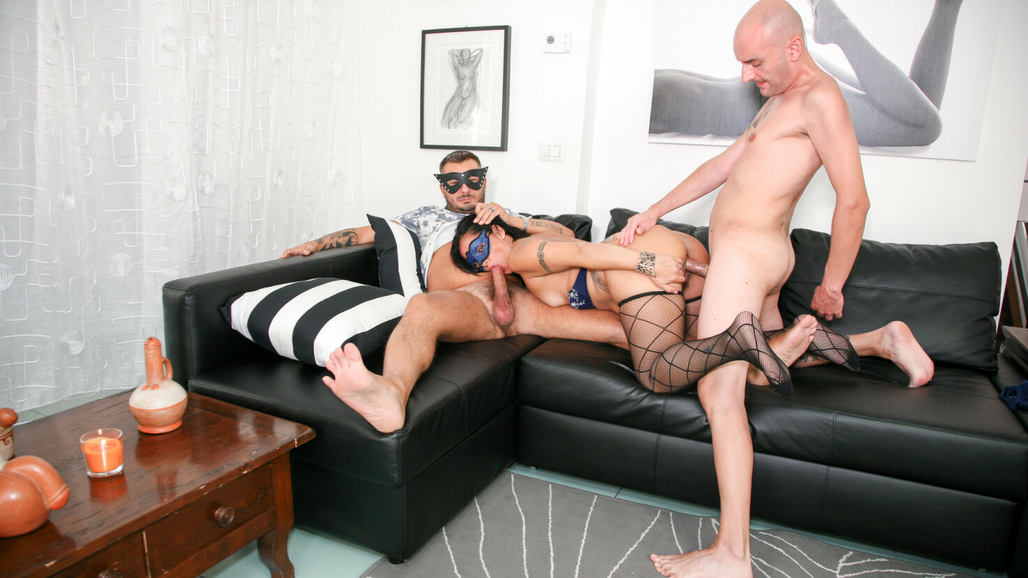 Mature Italian amateur gets two cumloads on tits in raunchy MMF threesome