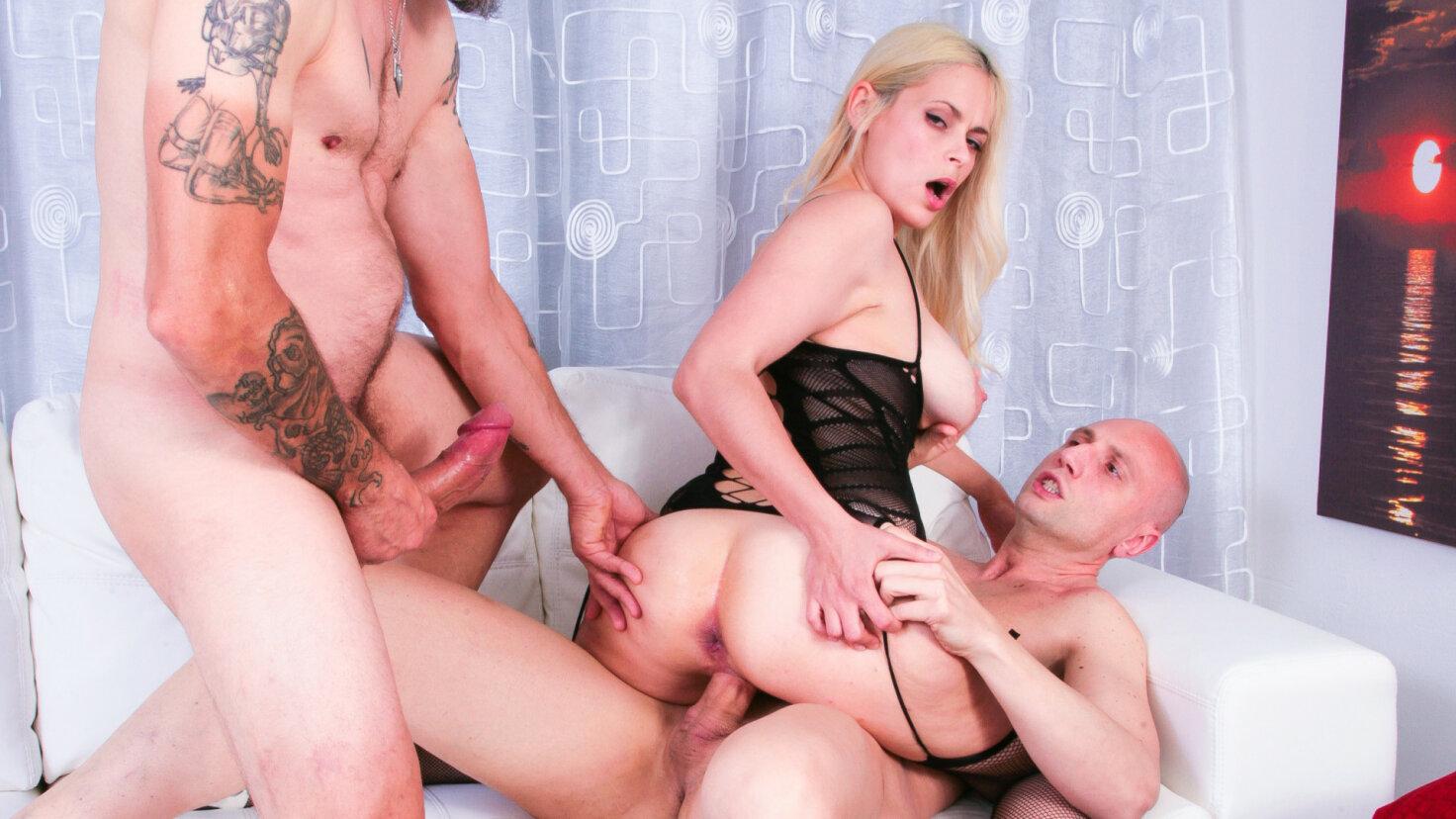 Blonde Ukrainian newbie Vittoria Dolce in wild MMF threesome casting