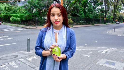 Die scharfe Amateur Latina Diana Ramirez beim Fick in Missionarsstellung