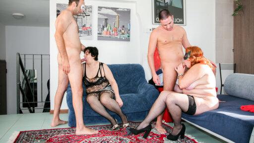 Italian foursome with mature chubby swingers Moana and Cindy La Vogliosa