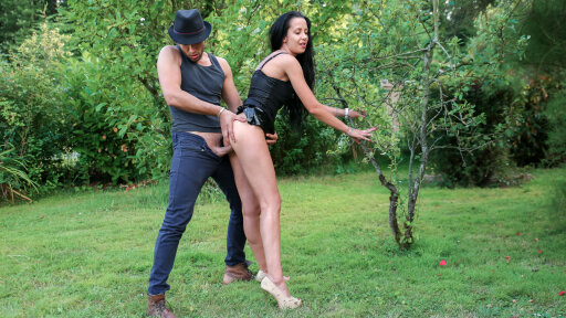 A French video with Romanian hottie fucked outside from doggy to cowgirl