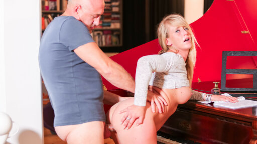 Blonde French amateur Stella fucked by bald guy who cums in her mouth